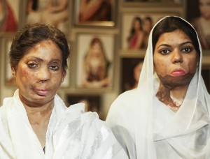 Salon For Helping Acid Attack Victims In Pakistan