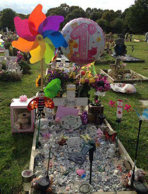 When I Was There One Day Noticed Another Babys Grave Had Been Really Nicely Decorated And It Inspired Me To Do The Same