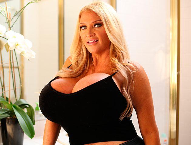 Scale bustin babes christy acklie big boobs bbw - 2 part 6