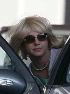 Britney visits lawyer