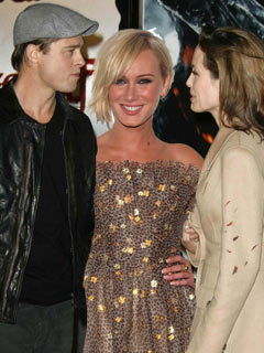 Angelina jolie threesome images 122