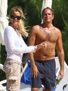 Nicollette Sheridan: Michael Bolton cured me - CelebsNow