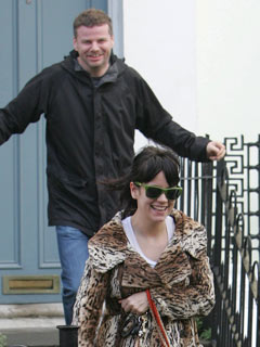 Lily Allen and Ed Simons go shopping