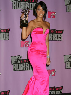 Rihanna looks striking in pink