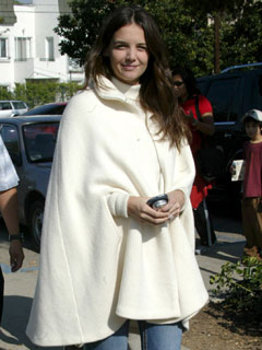 Katie Holmes covers up in November 2005