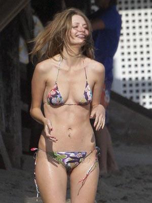 Misha barton bikini cellulite