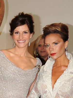 Julia Roberts and Victoria Beckham