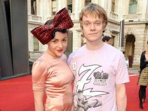 What on earth has Jaime Winstone got on her head?