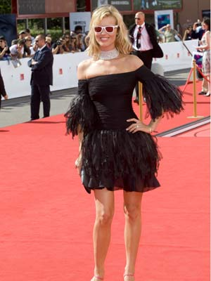 What on earth is Eva Herzigova wearing?