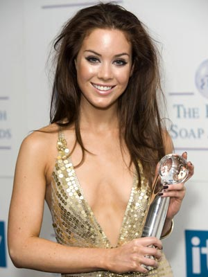 Exclusive video roxanne mckee to leave hollyoaks celebs now