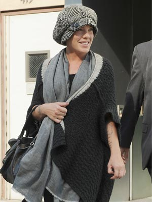 Pink wraps up