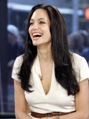 bf77070a1d Angelina Jolie  Breastfeeding twins is hard - CelebsNow