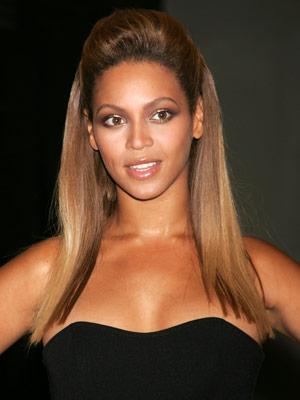 Celebrity hair: Beyonce Knowles keeps it simple
