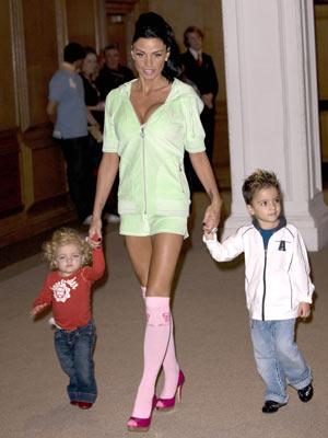 inercia Moral ignorancia  Peter Andre warns Jordan: 'I'll take the kids' - CelebsNow