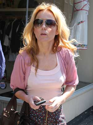 Geri Halliwell shows how to do summer style