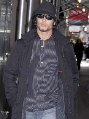 Jesus Luz | Jesus Luz joins in  | Pictures | Now Magazine | Celebrity Gossip