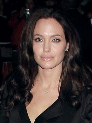 Changeling film premiere: Angelina Jolie is a natural beauty