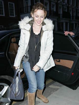 Kylie Minogue | Kylie Minogue wraps up | Pictures | Now Magazine | Celebrity Gossip