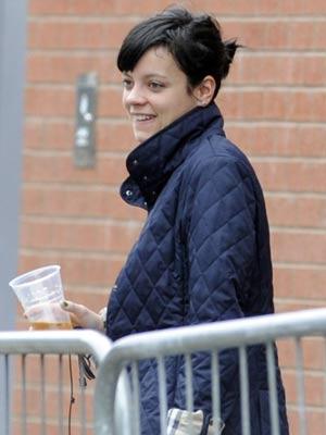 Lily Allen | Lily Allen has a beverage | Pictures | Now magazine | celebrity gossip