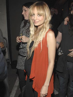 Nicole Richie | Nicole Richie is growing  | Pictures | Now magazine | celebrity gossip