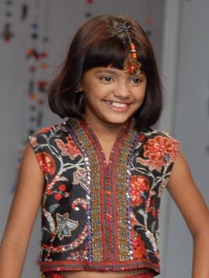 Slumdog Millionaire child star Rubina Ali | Slumdog Millionaire child star Rubina Ali at the Wills Lifestyle India Fashion Week | Now Magazine