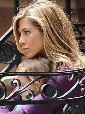 Jennifer Aniston | Now Magazine | Celebrity Spy | Pictures
