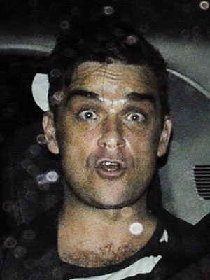 Robbie Williams | Robbie Williams outside The X Factor studios in Wembley | Now Magazine | Celebrity Gossip | TV News | Pictures