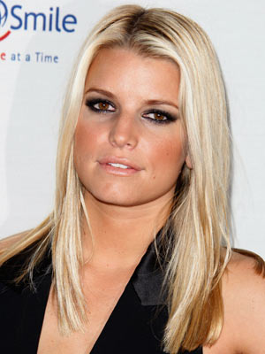 Jessica Simpson | Celebrity hair | Pictures | Now Magazine | Celebrity Gossip | Fashion | News | Photos