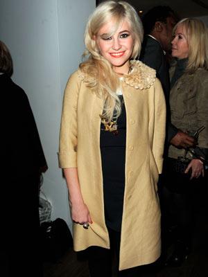 Pixie Lott| fashion design| Lipsy