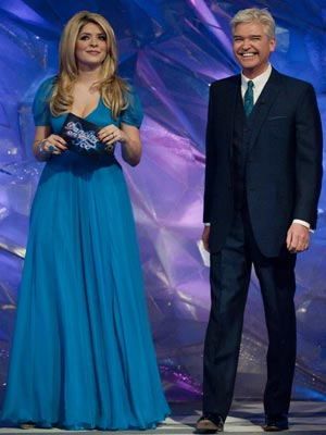 Holly Willoughby and Phillip Schofield | Dancing On Ice live shows - week 4 | pictures | now magazine | celebrity gossip