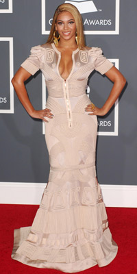 Beyonce Knowles | Now magazine | fashion news | pictures |