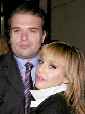 Brittany Murphy and Simon Monjack | Brittany Murphy and Simon Monjack in Beverly Hills | Now Magazine | Celebrity Gossip