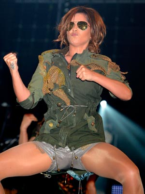 Cheryl Cole | silver | hotpants | Pictures