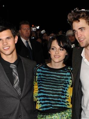Taylor Lautner, Kristen Stewart and Robert Pattinson| The Twilight Saga: New Moon premiere |Pictures| Now Magazine| Celebrity Gossip