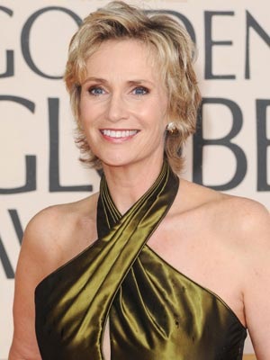 Jane Lynch| Now magazine | beauty news | pictures |