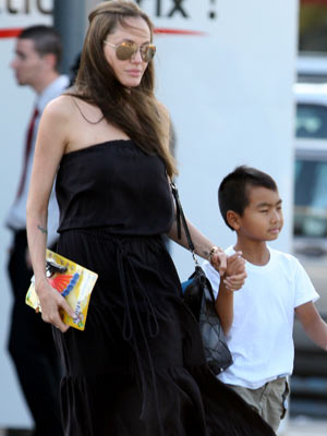 Salt London Premiere | Angelina Jolie | Pictures | Photos | Gossip | Salt | Brad Pitt