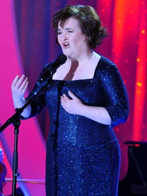 Susan Boyle To Sing For Pope Celebsnow