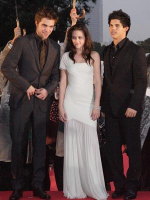 Robert Pattinson, Kristen Stewart and Taylor Lautner | Now Magazine | Pictures | Celebrity |
