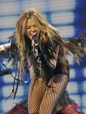 Miley Cyrus | Celebrity Spy | Pics | Photos | Now Magazine