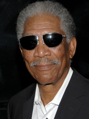 Morgan Freeman 'dating divorcee' - CelebsNow
