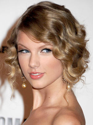 Taylor Swift |Pictures |Now Magazine |Celebrity Gossip