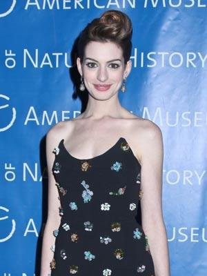Anne Hathaway | Celebrity Gossip | Pictures | Photos | Gallery