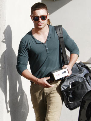 Zac Efron | Celebrity Gossip | Pictures | Photos | Gallery