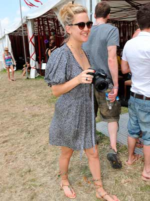 Kate Hudson at Glastonbury Festival 2010 | Pictures | Celebrities