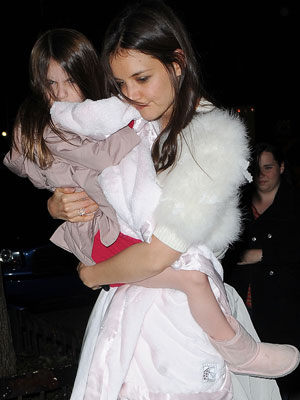 Suri Cruise and Katie Holmes | Pictures | Photos | New