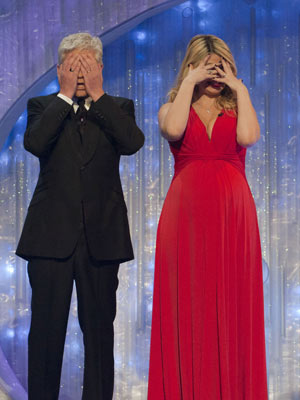 Phillip Schofield and Holly Willoughby | Dancing On Ice The Final | Photos | Pictures | Celeb News | New | Now