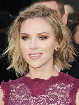 Scarlett Johansson | Pictures | Photos | Hair | Oscars 2011 | New