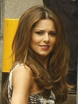 Cheryl Cole | Celebrity Smokers | Pictures | Now Magazine | Celebrity Gossip