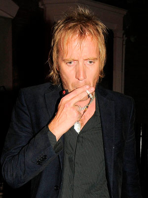 Rhys Ifans | Celebrity Smoker | Pictures  | Now | Photos | Celebrity gossip