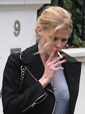 Celebrity Smokers | Lara Stone | Pictures | Now Magazine | Celebrity Gossip